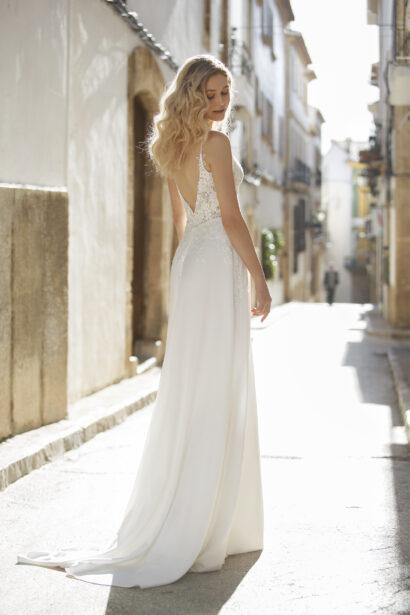 A-lijn/Rechte rok trouwjurk met spaghetti bandjes