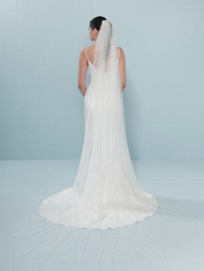 Bruidssluier met parels S19 300cm €140