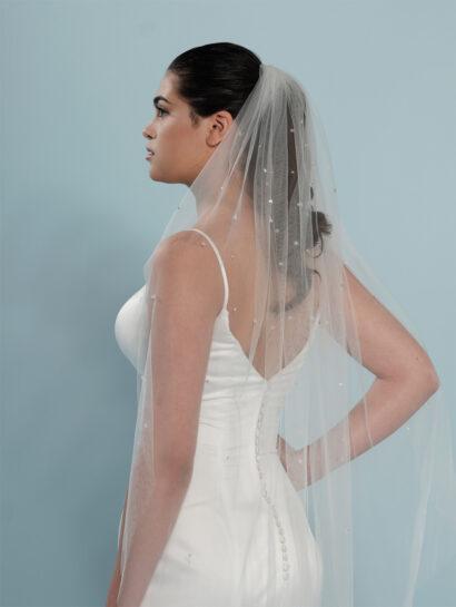 Bruidssluier versierd met kristallen en strass-steentjes S401 120cm €120