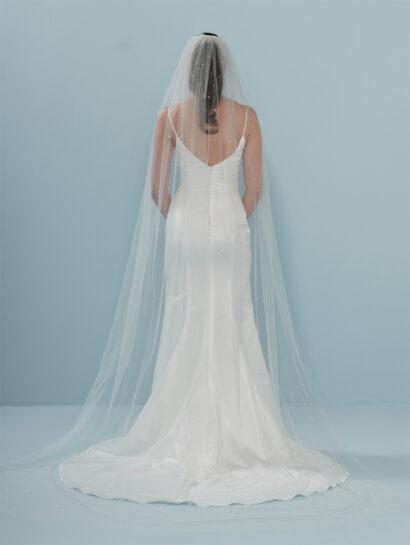 Bruidssluier versierd met kristallen en strass-steentjes S401 300cm €180