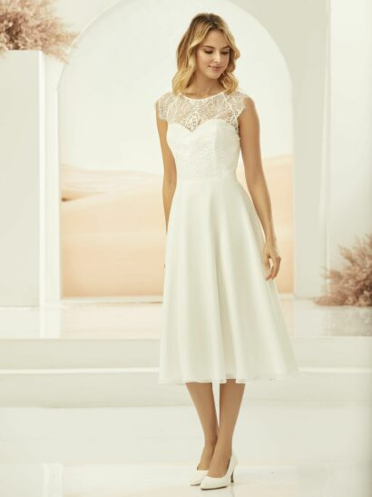 Korte trouwjurk / Short A-line Bridal Dress